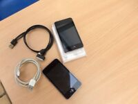 2 x Ipod 3rd generation 8GB