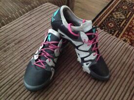 Adidas 15.2X size 9
