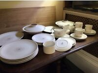ROyal Doulton Retro 6 place dinner service