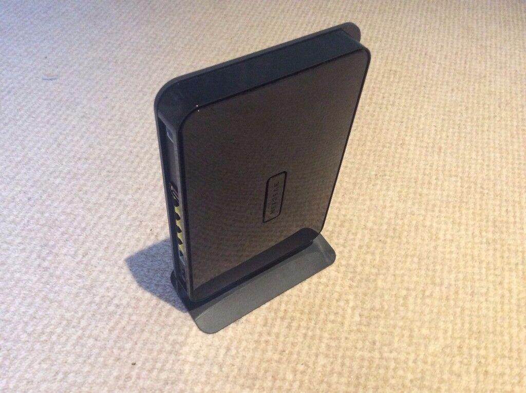 Netgear N750 Wireless Dual Band Gigabit Modem Router