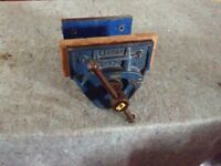 """Record No. 52 Woodworking Vice, 7"""" wide Jaws, Quick Release mechanism."""
