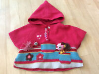 Baby poncho / coat - size 6 months