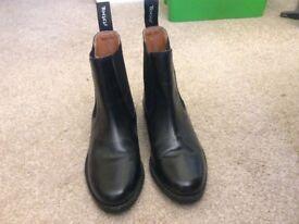 Black leather Toggi jodhpur boots