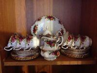 Royal Albert 22 piece tea set Country rose pattern