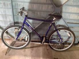 Raleigh Frontier Off Road cycle aluminium frame 18 gears