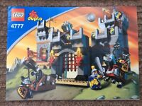 DUPLO LEGO CASTLE 4777 Boxed with instructions all knights with weapons / horses, and accessories