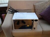 Russell Hobbs white microwave in great condition