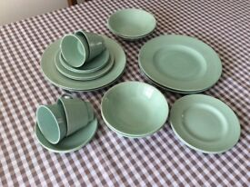 Party or Event ? Large Quantity of Crockery