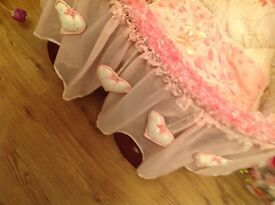 Baby wicker cribs with beautiful and lovely full set for sale