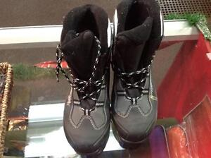 Rossignol xcountry ski boots