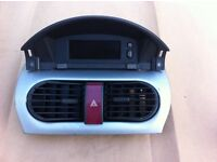 Vauxhall Tigra 1.4 Sport - Complete Clock Unit and 4 way flasher unit