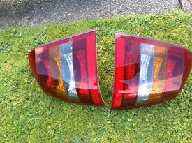 Vauxhall Astra 2004 rear lights