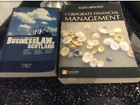 USED- UNI/COLLEGE BOOKS IN GREAT CON ONLY £100