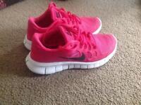 Nike Free Run 5.0 Trainers, size 4 (UK).