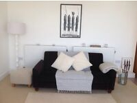 Double bedroom in house with beautiful sea views for short term let