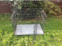 Folding dog cage/ crate