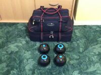 Set of 4 Bowls & Bowls Bag