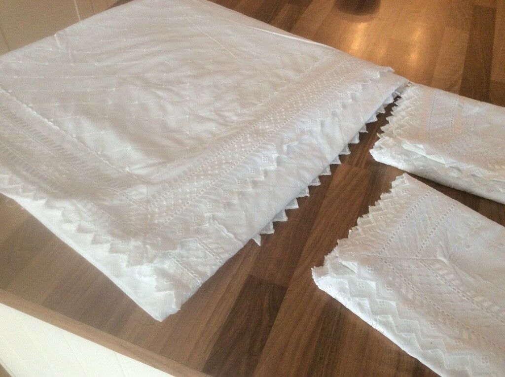 White Broderie Anglaise double quilt cover and two matching pillow cases