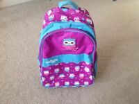 Girls large bag/mini suitcase by Smiggle in fantastic condition