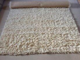 Rug: Large Light Beige Deep Pile Rug Excellent Condition