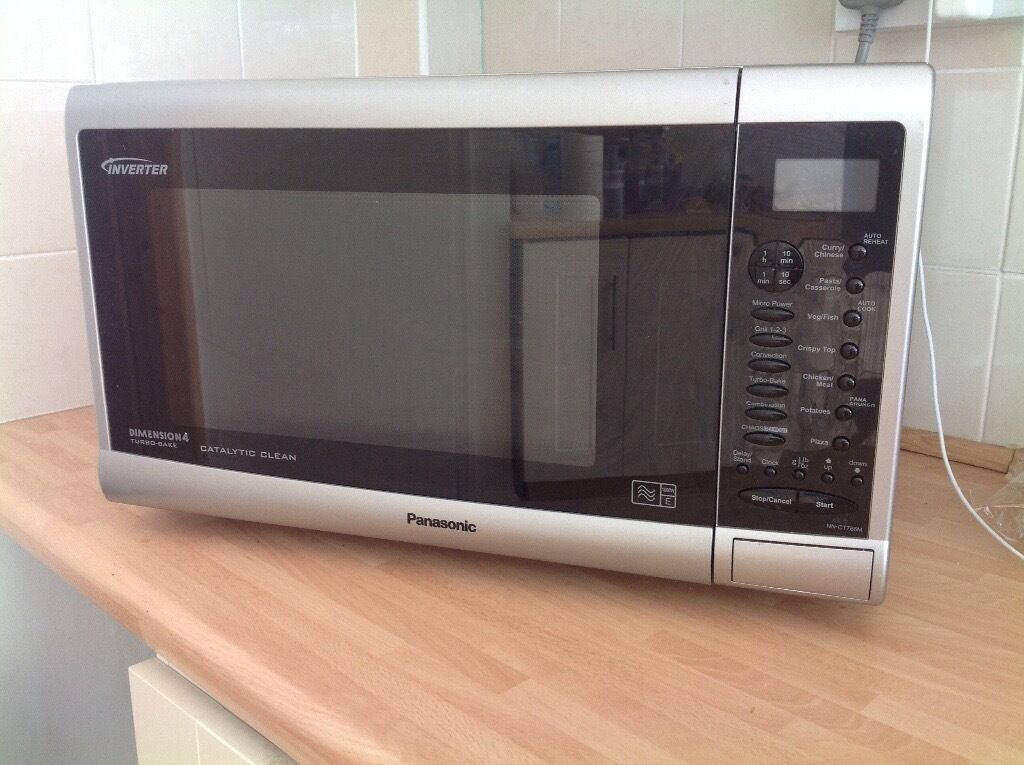 Panasonic Microwave Oven Grill 1000w In Tiptree Essex