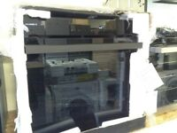 Pyolytic self cleaning intergrated oven. £260 RRP £339 new in package 12 month Gtee