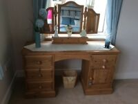 Solid country pine dressing table with freestanding mirror vgc