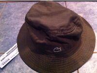 BNWT LACOSTE BUCKET HAT