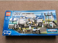 lego city mobile police truck