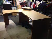 Large computer table desk
