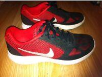 Nike trainers size uk7 euo 41