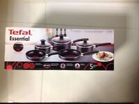 Tefal Essential 5 piece thermo set