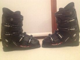 Rossignol ski boots size 28.5 (approx 9.5)