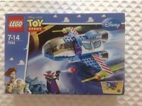 Lego Toy Story 7593 Buzz's Star Command Space Ship