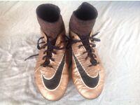 nike football sock boots hypervenom size 7.