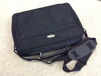 Black laptop bag (novatech)
