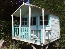 Children's Garden Wendy house play hut