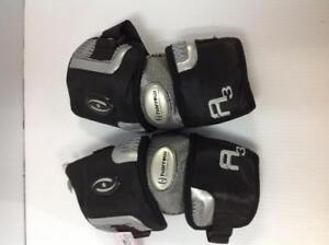 Harrow A3 Lacrosse Elbow Pads (7QA5CC)