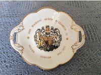 Coalport china 1977 Queen Elizabeth' s silver jubilee twin handled bonbon dish