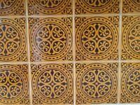 Retro pattern brown kitchen tiles