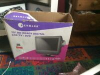 Combined TV/DVD player