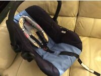 Blue car seat/baby carrier