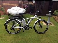 Gents electric pedal and throttle sports bike. Good condition.