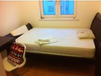 1 double room available in shared property