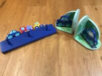 Childrens Book Ends & Matching Coat Hooks