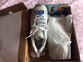 Ladies, never worn , Sketcher, WEDGE,Trainers , size 5 ,