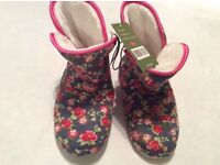 Country Rose Ladies Boot Slippers