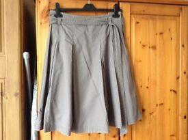 Mantaray short summer skirt, Size 8, beige