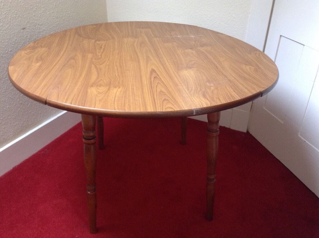 Circular Dining table 2 flaps in Huntly Aberdeenshire  : 86 from www.gumtree.com size 1024 x 765 jpeg 91kB