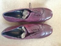 Hush Puppies Ladies Size 10 shoes for sale